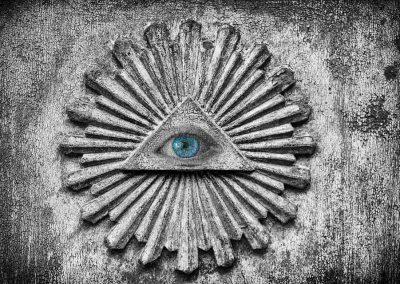 Conspiracy Queens